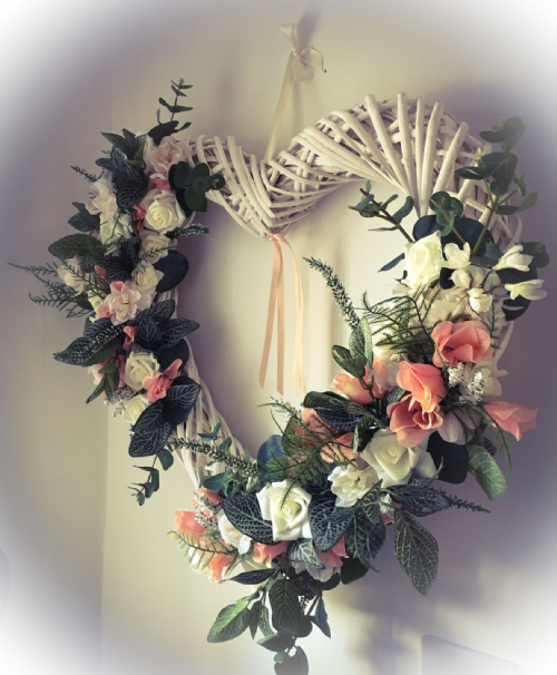 Wicker heart flower wreath